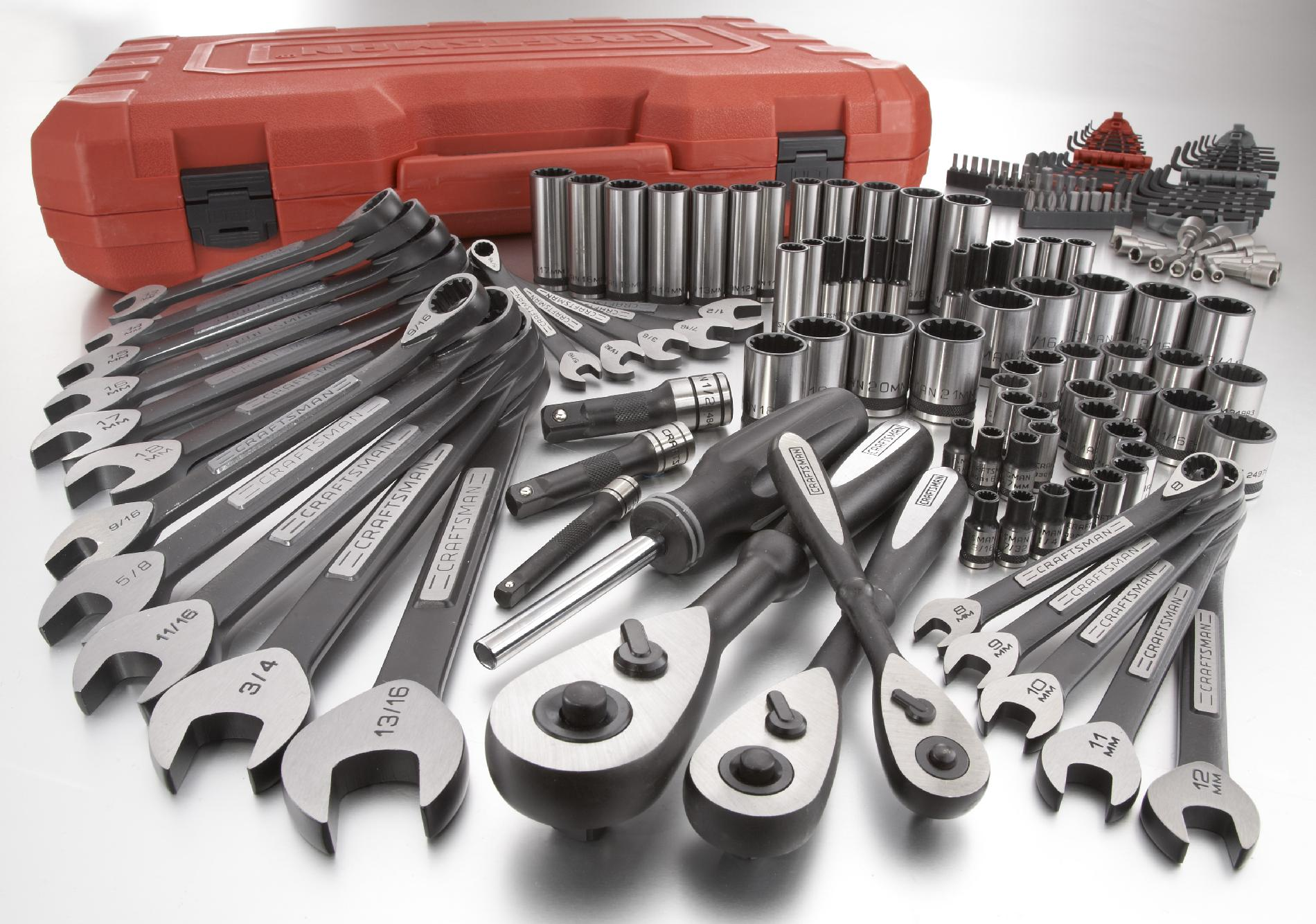 Craftsman 153 Piece Tool Set