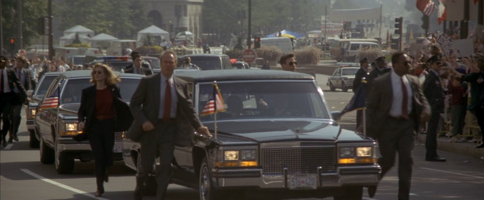 presidential-limousine-1983-cadillac-in-the-line-of-fire