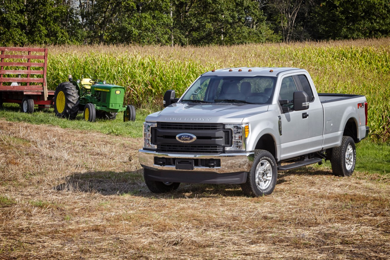 Review 2017 Ford F 250 Super Duty Xlt The Heavy Hauler Bestride