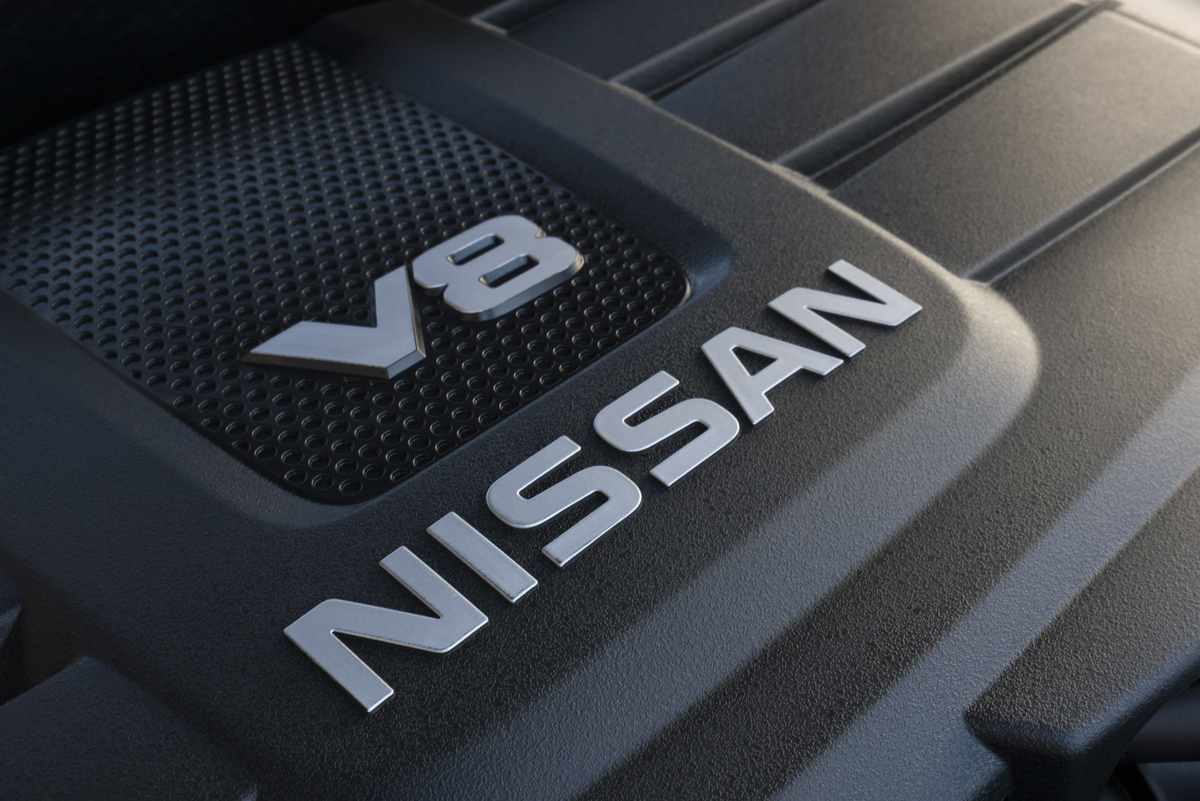The 2017 TITAN Single Cab, with about a foot shorter wheelbase than TITAN XD, will be offered initially with the new 5.6-liter Endurance V8 (a V6 engine will be available at a later date).