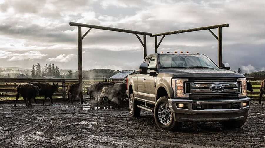 There Are Trucks And Then S The Ford F 250 Super Duty This Isn T A Truck For Someone Who Wants Ability To Carry Few Bags Of Mulch On