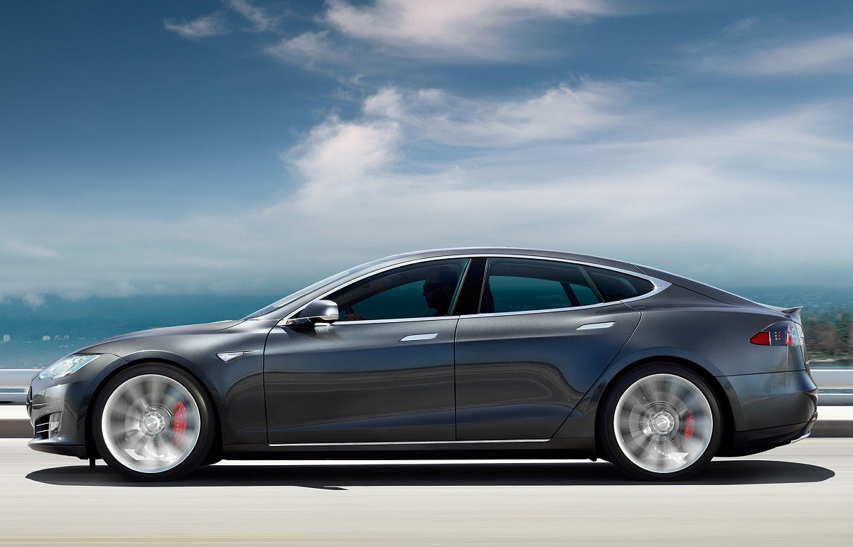 Tesla Falls Short of 2016 Delivery Goals