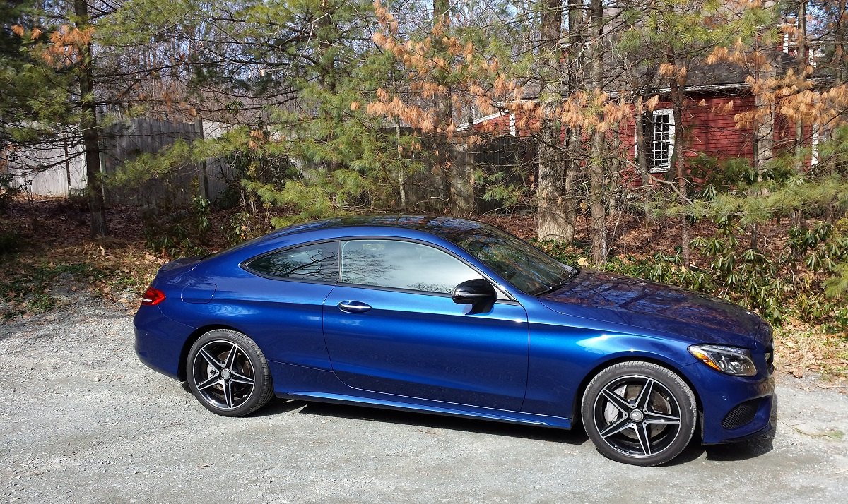 Review 2017 mercedes benz c300 4matic coupe details for Mercedes benz c300 review 2017
