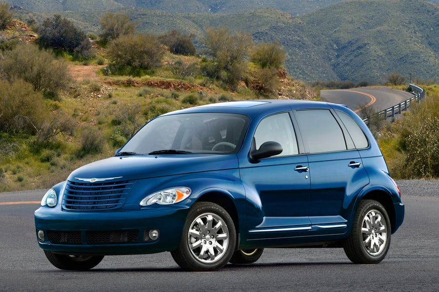 A. Changing The Spark Plugs In The PT Cruiser Is Not As Bad As It Looks. My  Wife Had A PT Cruiser Convertible Up Until A Couple Of Years Ago And  Although ...