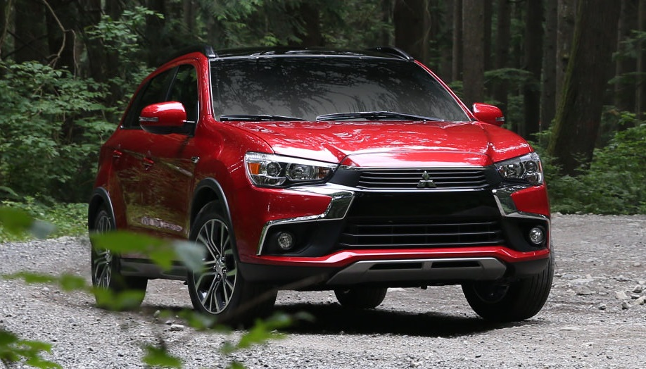 review 2017 mitsubishi outlander sport the budget friendly crossover bestride. Black Bedroom Furniture Sets. Home Design Ideas