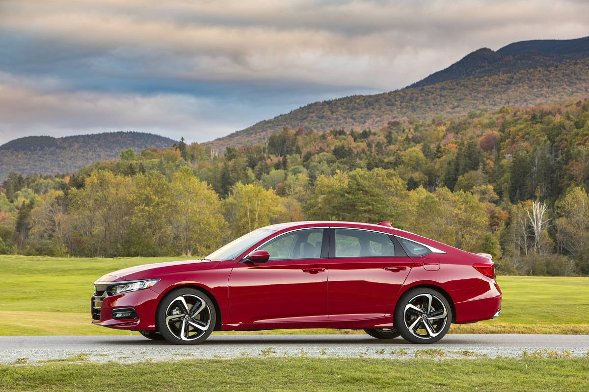 FIRST DRIVE: All-New 2018 Honda Accord - Style, Power, and ...