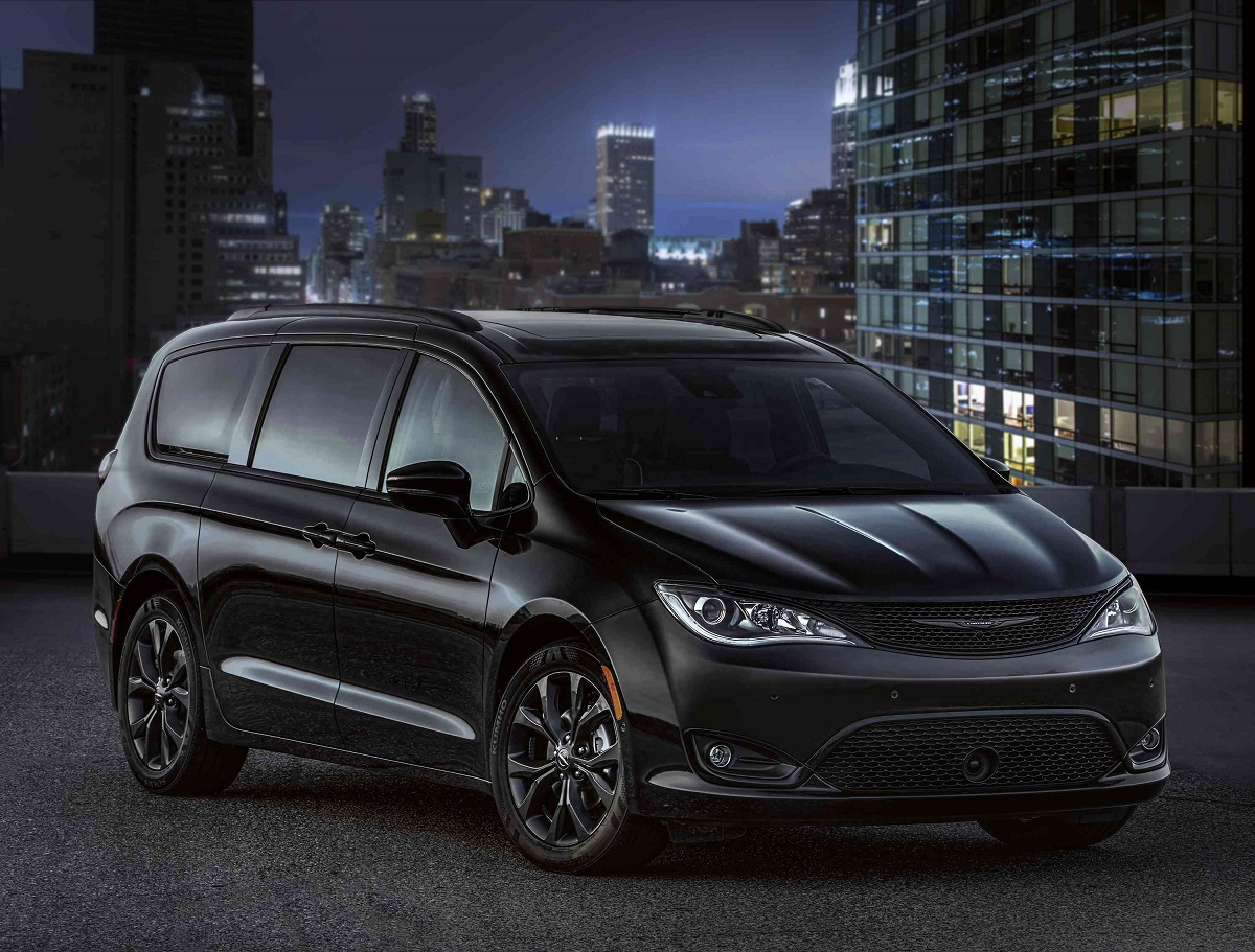 Minivans Arent Generally Thought Of As Cool Cars Theyre Versatile Great For Families And Cargo And Have Cubbies Galore For Holding All Your Stuff