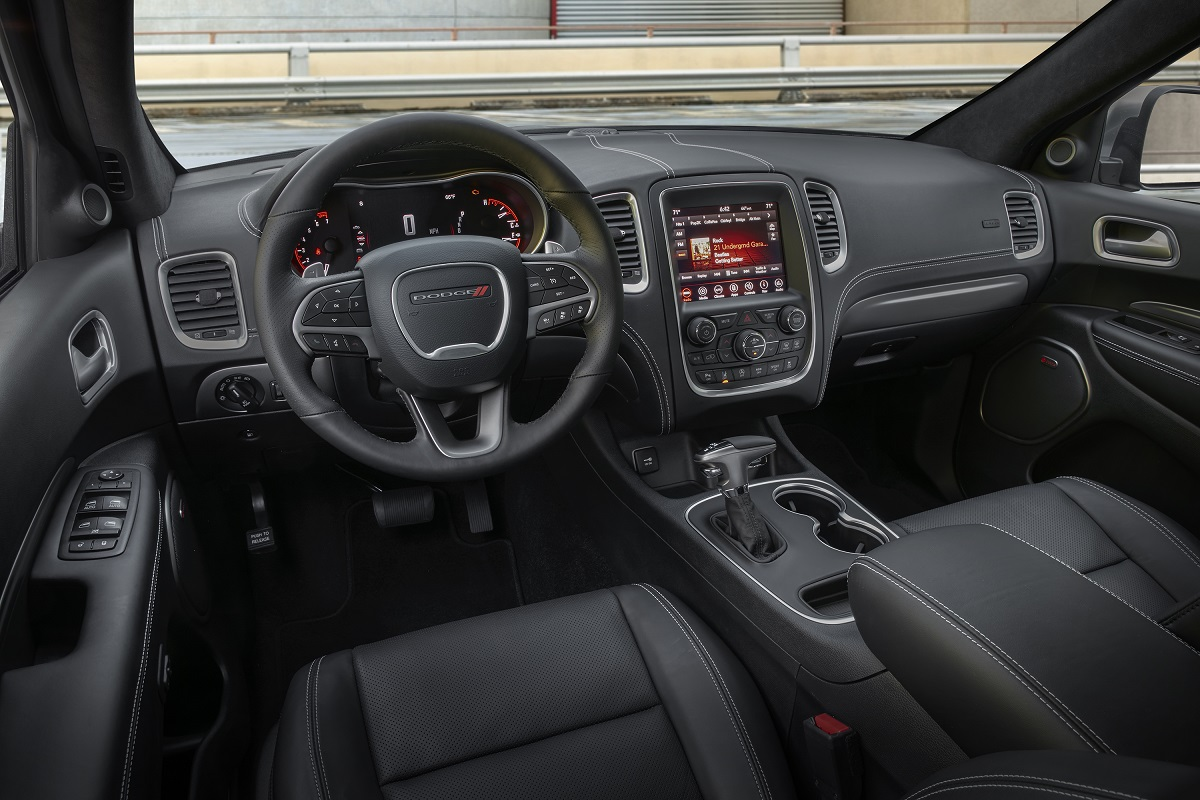 Review dodge durango citadel demands your attention - Dodge durango 2017 interior pictures ...