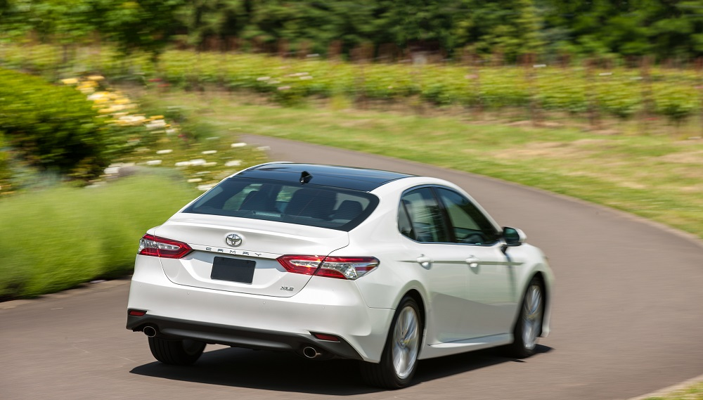Toyota Camry V6 Vs Compeors 2 0 Liter Turbos And Performance