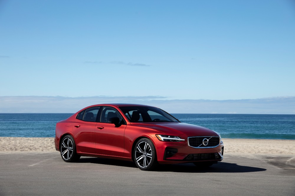 review  2019 volvo s60 t5 r-design awd