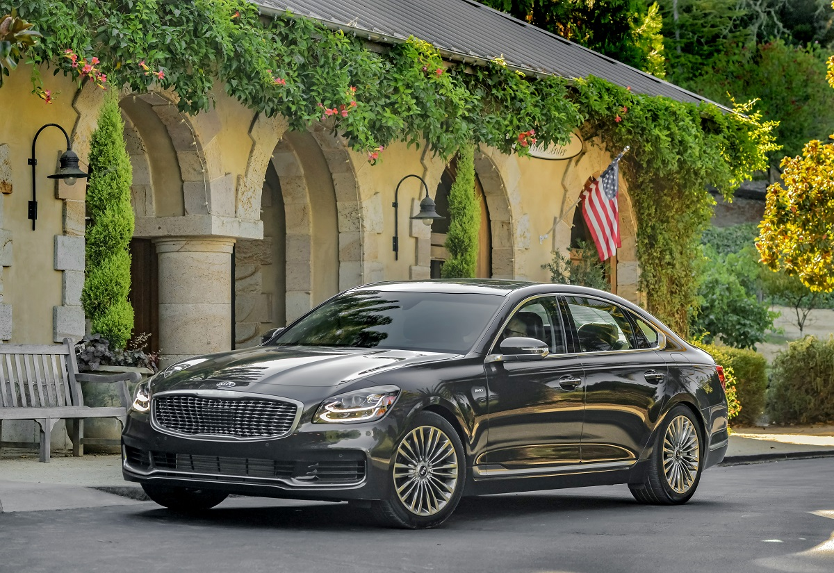 All New 2019 Kia K900 Preview: A Fresh Look At Affordable