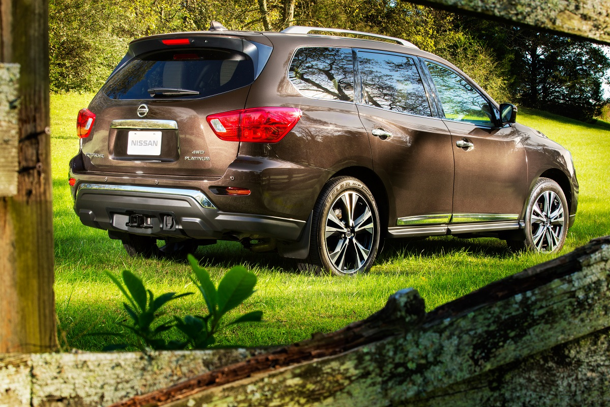 2019 Nissan Pathfinder: Family-Friendly with Seating for