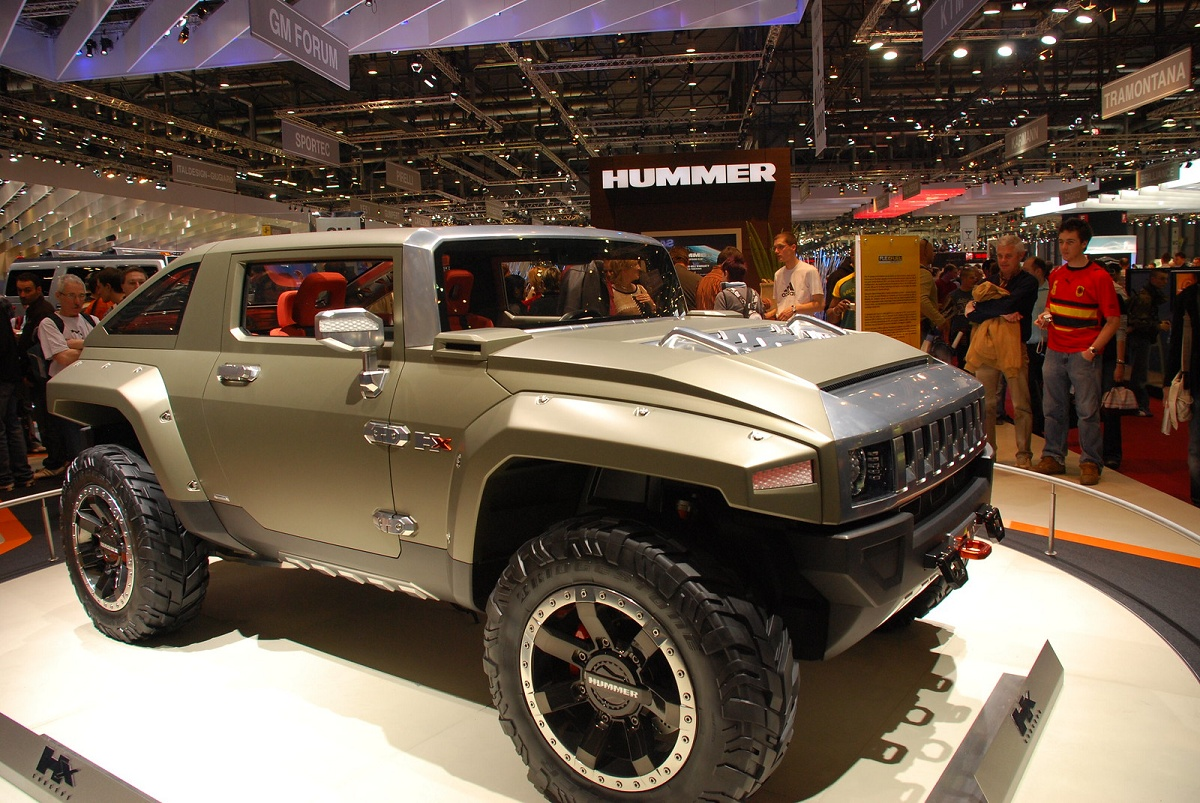 Hummer is Coming Back as an Electric Pickup Truck | BestRide